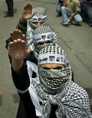 PalestinianNaziSalute01-1