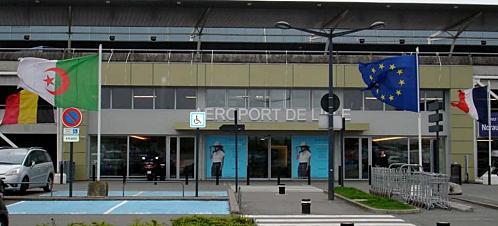 Aéroport de Lille drapeau algérien