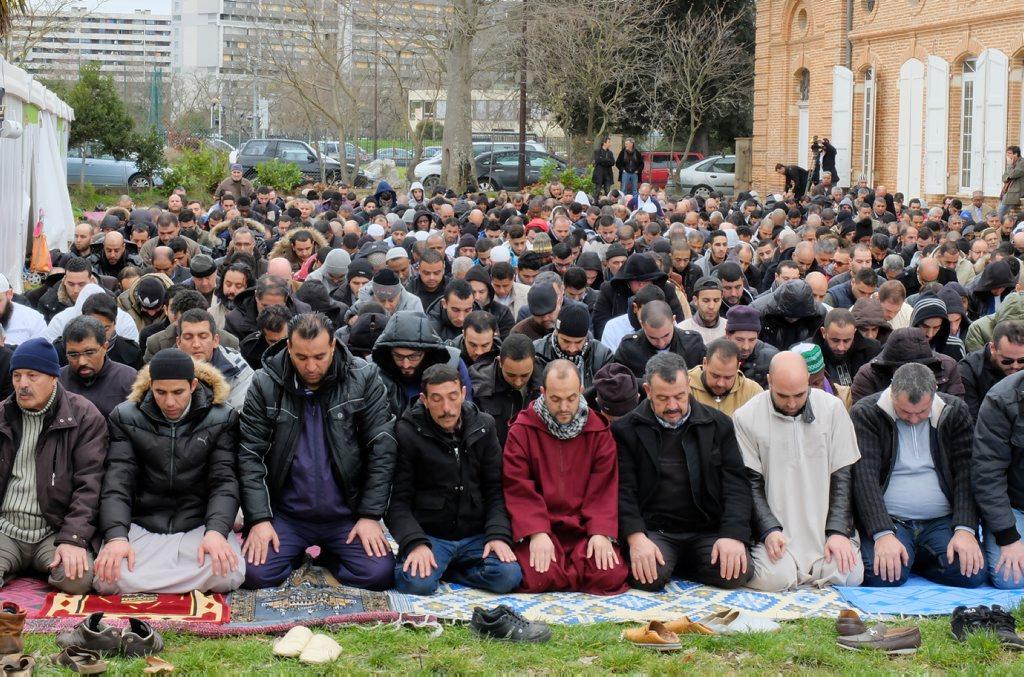Prière au Grand Mirail, Toulouse