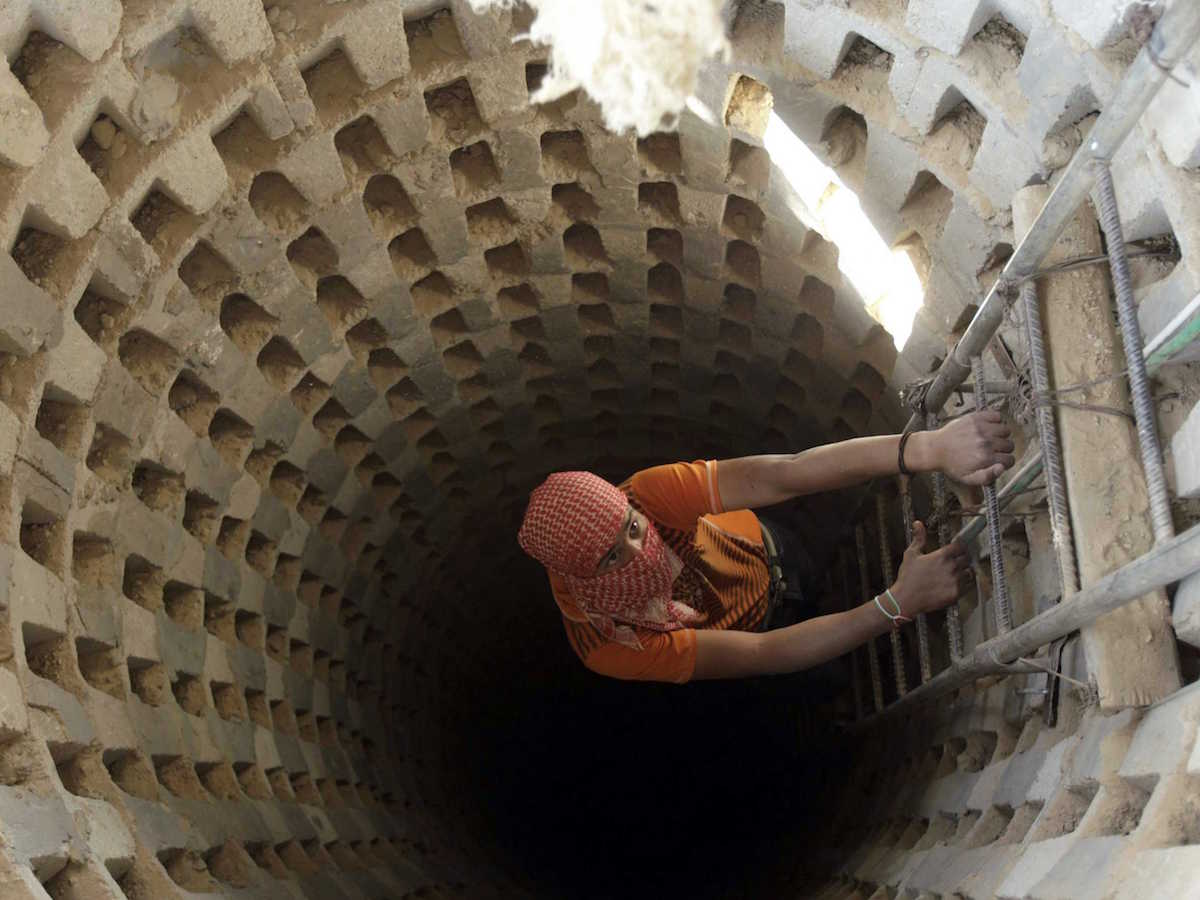 israel-wants-to-destroy-these-elaborate-tunnels-in-gaza