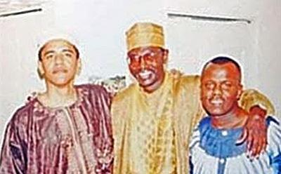 Obama-Muslim-Garb-with-brother-Malik-Kenyan-Muslim