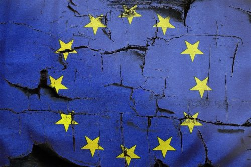 https://www.dreuz.info/wp-content/uploads/2018/08/Union-europ%C3%A9enne-drapeau-UE-500x333.jpg