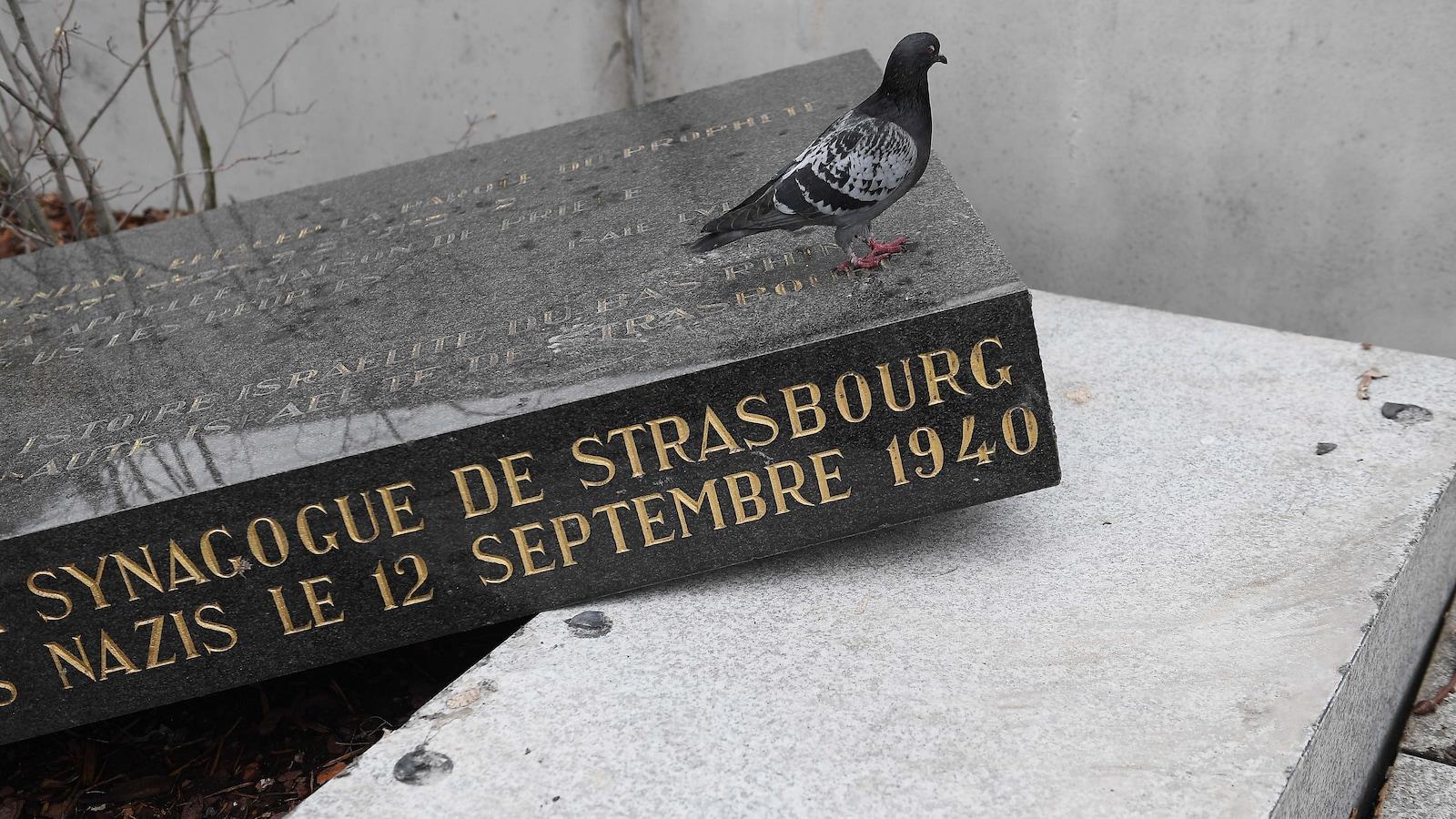 https://www.dreuz.info/wp-content/uploads/2019/03/strasbourg-stele-synagogue1.jpg